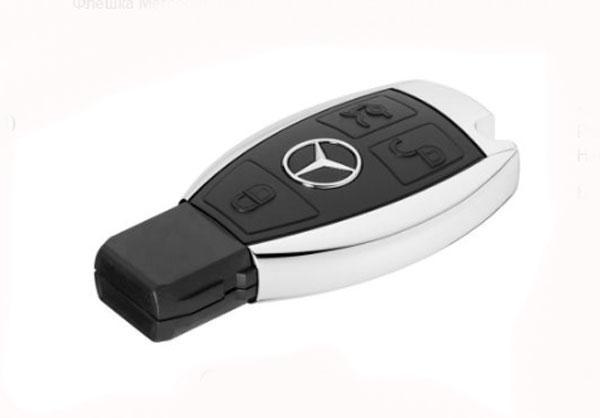 Флешка Mercedes-Benz USB Stick Black / Silver 16Gb (B66953520)