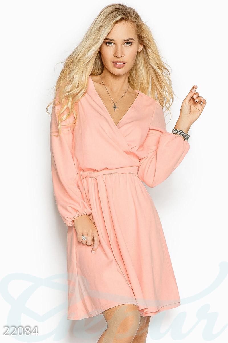 Стильное платье мини запахивается юбка клеш длинный рукав пудрово-розовое