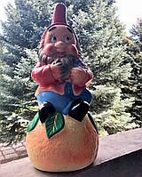 Гном на апельсине
