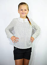 Детская блузка школьная белая для девочки с кружевным воротником и брошью