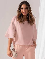 Женская блузка розового цвета с воланами на рукавах. Модель 18932
