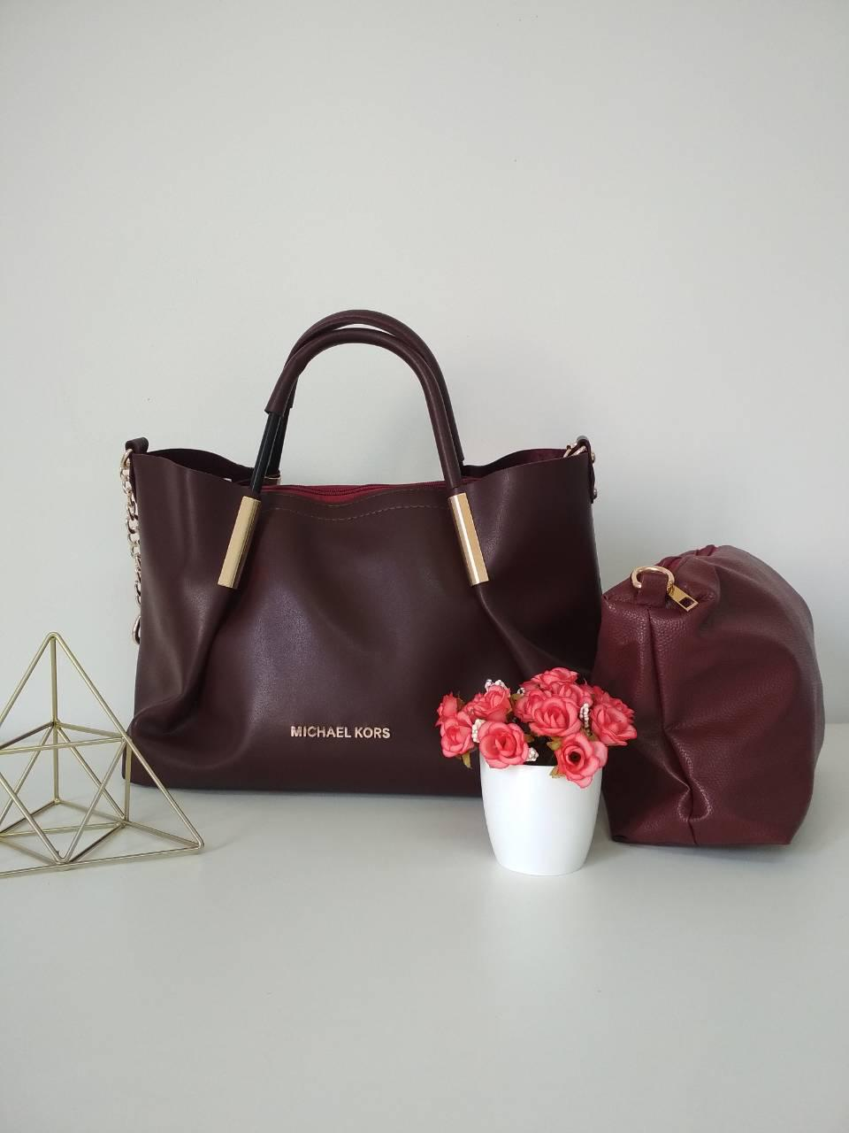Стильна жіноча сумка бордового кольору з косметичкою 26*32*12 см