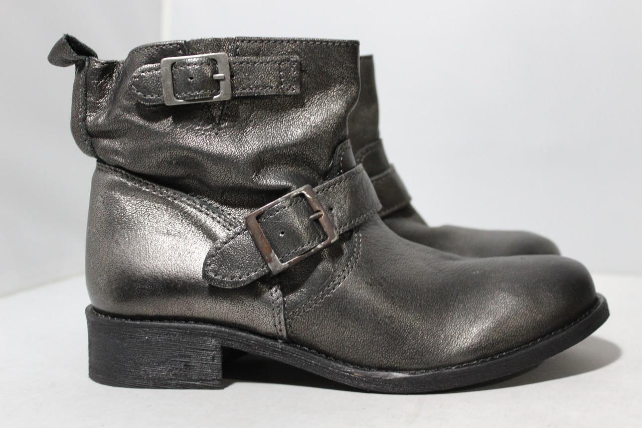 Женские кожаные ботинки Andre, 39р.