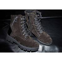 Ботинки черные замшевые