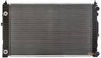 Радиатор VW Passat B5 97-05 AC+АКПП 8D0121251M, фото 1