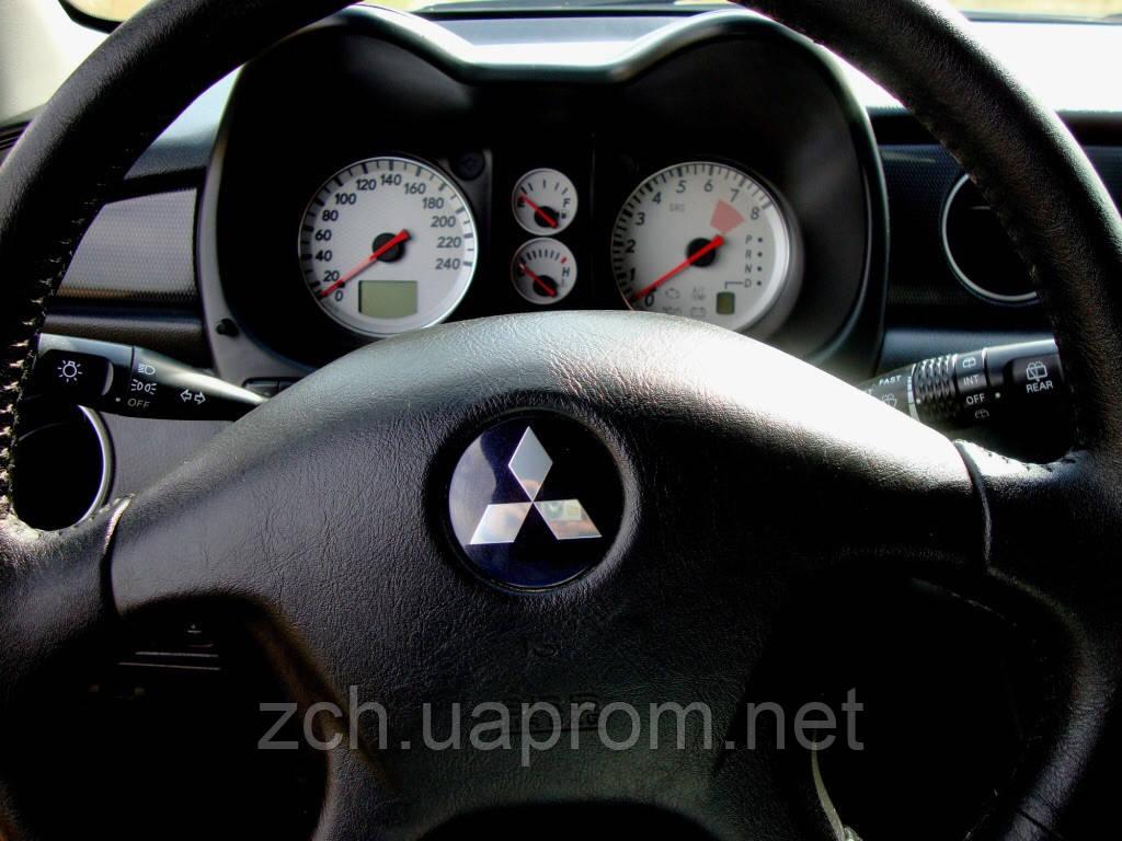 Кермо Mitsubishi Outlander