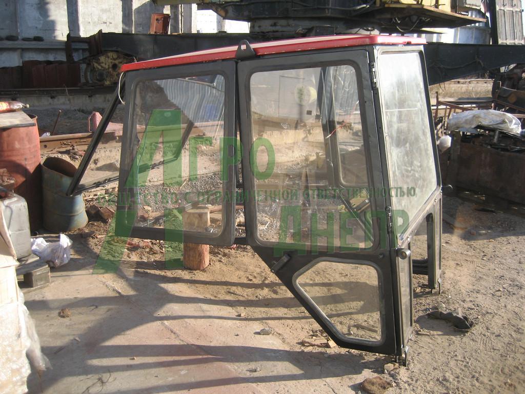 Трансмисия , полурама,ось передняя, кабина трактора ЮМЗ