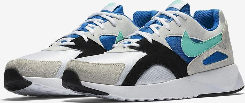 Кроссовки Nike PANTHEOS