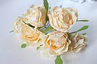 Декоративные цветы розы диаметр 5 см кремового цвета, фото 1