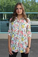 Рубашка женская удлиненная с цветочным принтом (белый)