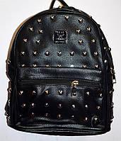 Женский городской рюкзак из искусственной кожи с заклепками 26*30 см (черный), фото 1