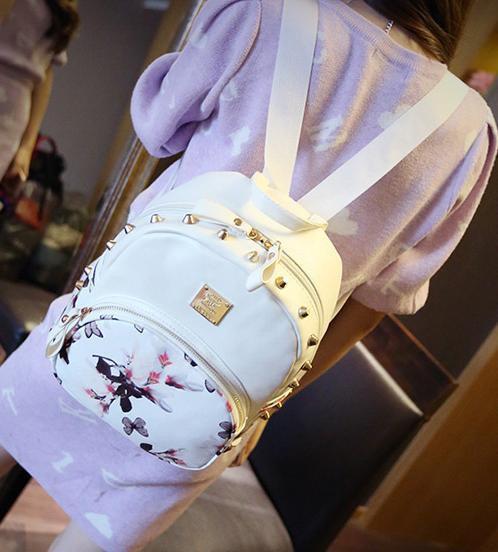 Рюкзак городской из кожзама цветочный Уценка белый