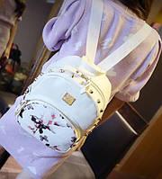 Рюкзак городской из кожзама цветочный Уценка белый, фото 1