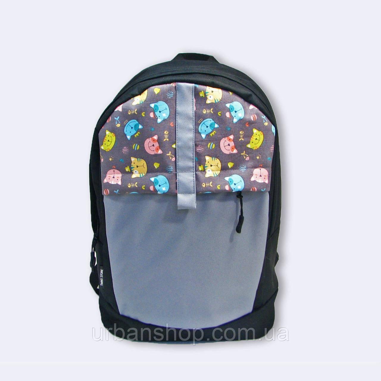 Черный рюкзак с котами