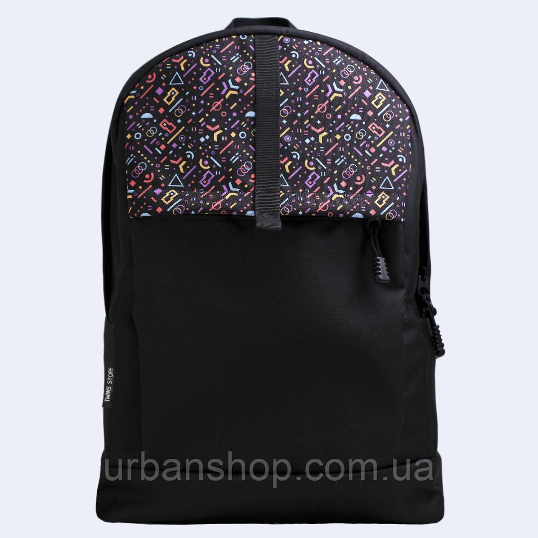 Чорний рюкзак с колірными фигурами