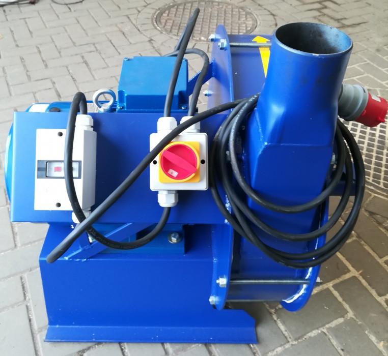 Зернодробилка молотковая дробилка ДКУ подрібнювач зерна 11 кВт