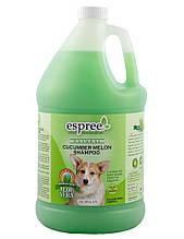 Шампунь Espree Cucumber Melon Shampoo с ароматом огурца и дыни для любого типа шерсти и породы, 3,79 л