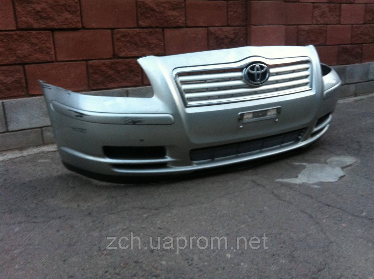Передний бампер Toyota Avensis