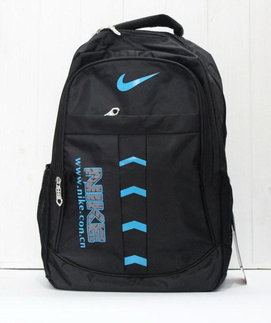 Удобный, практичный рюкзак