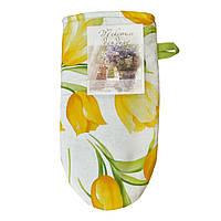 Рукавичка желтые тюльпаны