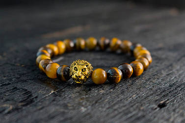 Браслет из тигрового глаза с золотистым львом