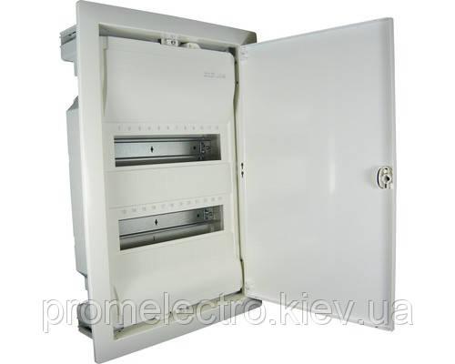 Щит на 24(28) модулей, внутренней установки с металлическими дверцами, без клемм, Hager VOLTA VU24UA