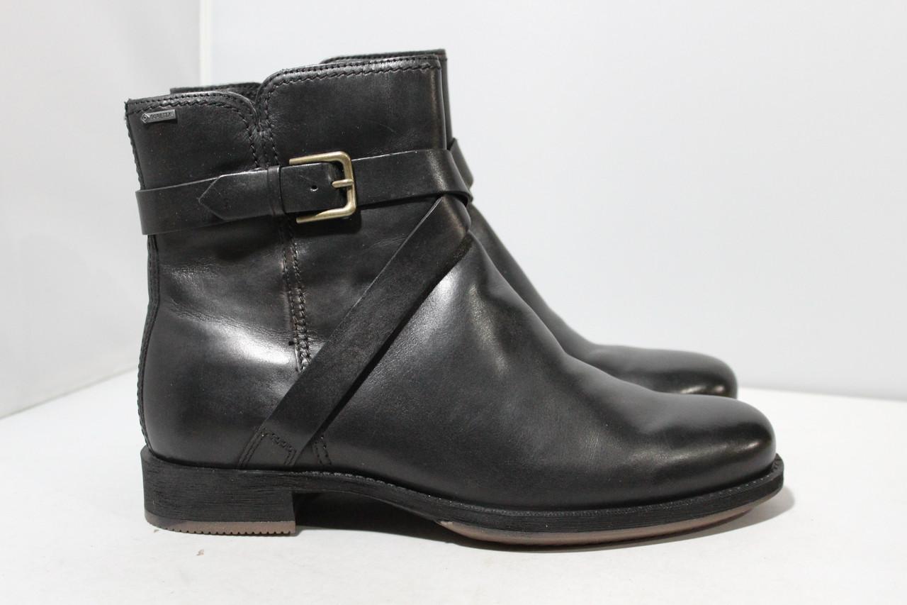 Женские кожаные ботинки  Ecco 42р.