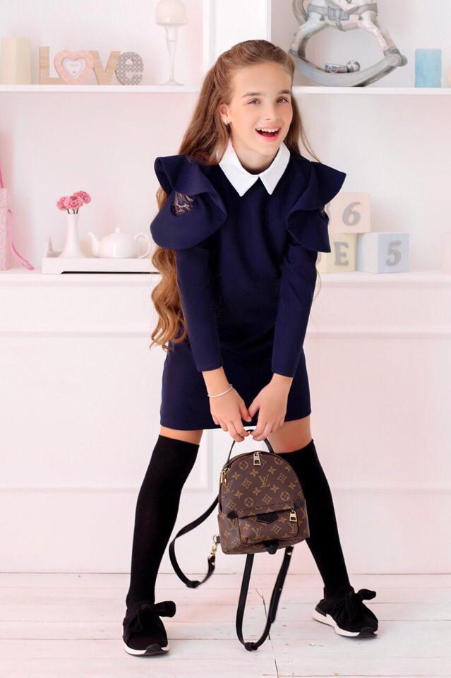 """Детское стильное платье 421 """"Плечи Воланы Гипюр"""" в школьных расцветках"""
