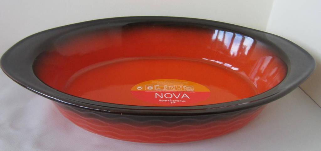 Форма овальная из жаропрочного фарфора 30 см Nova