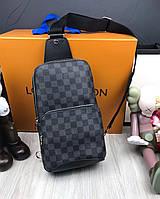 Сумка мужская через плечо почтальенка брендовая Louis Vuitton (слинг) копия высокого качества