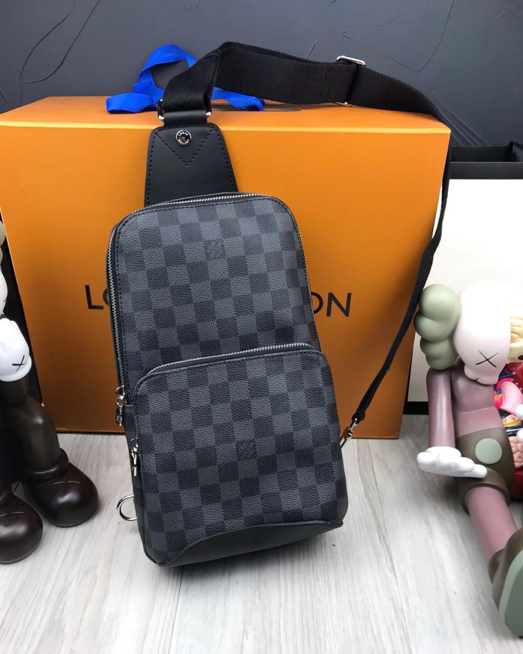 91f04a2f9e89 Сумка мужская через плечо почтальенка брендовая Louis Vuitton (слинг) копия  высокого качества - AMARKET