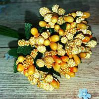 Тычинки сахарные с ягодами и листьями на проволоке