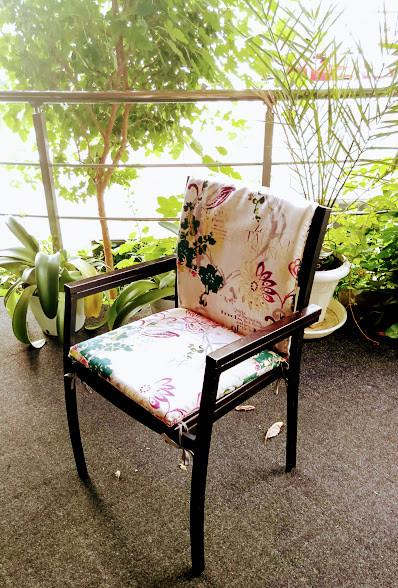 """Гостиница """"Одесса"""" подушки на стулья"""