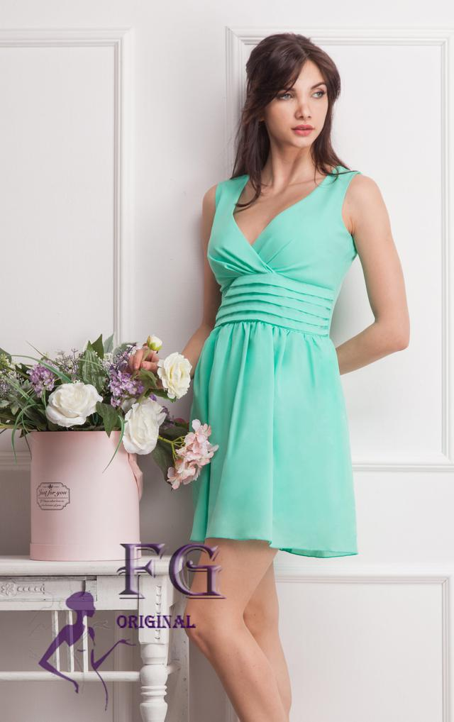 768ba01d6b28d Нарядное платье
