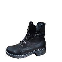 Женские ботинки зимние на низком ходу