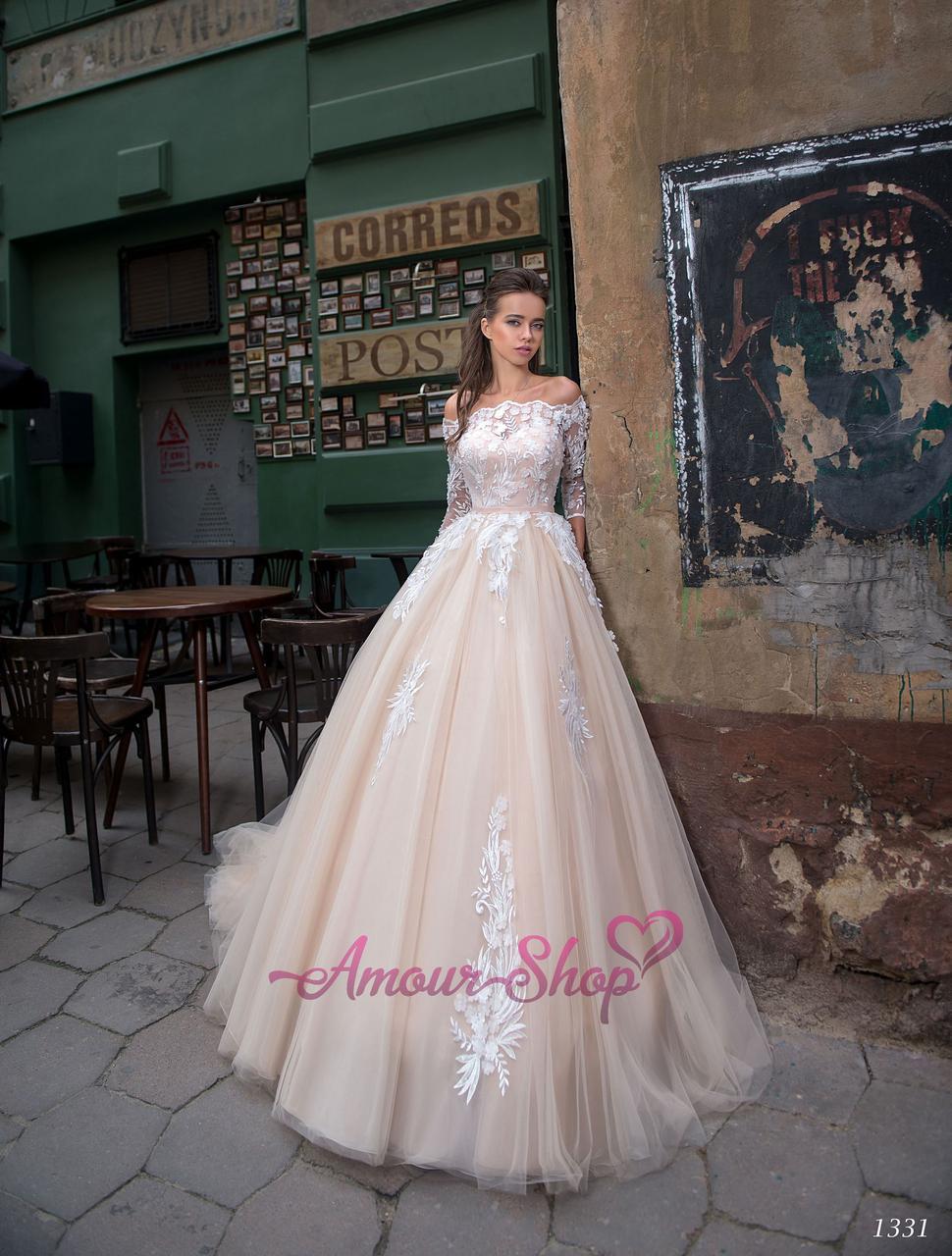 Свадебное платье с рукавами в айвори цвете. S/M