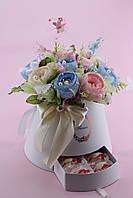 """Композиция из конфет """"Нежность роз"""" из  пионовидных роз в коробке"""