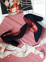 Туфли Donna черные замшевые на каблуке с ремешком на щиколотке