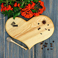 Кухонная доска в виде сердца из ясеня 30х22х2-2,5 см