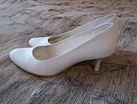 Свадебные туфли 38 размер по стельке 24,5см, б/у, каблук 5см, удобные