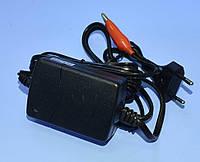 Устройство зарядное для аккумуляторов гелевых 12V (4-7Ah) Vipow  BAT1126