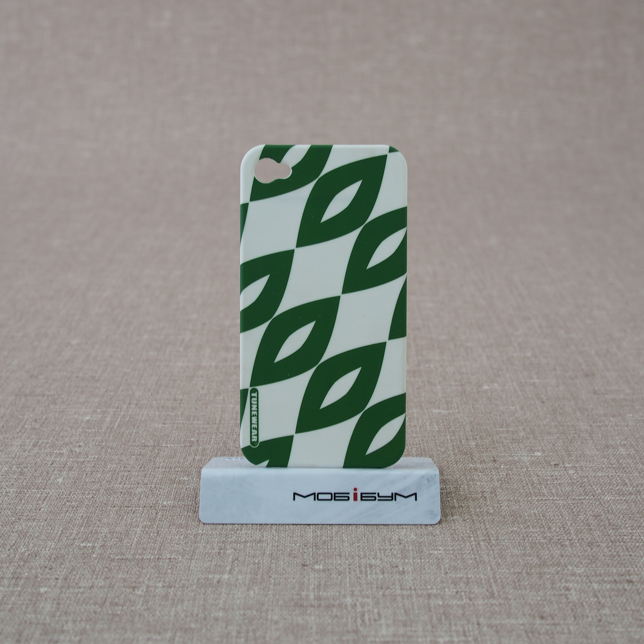 Чехол TUNEWEAR Finlandia iPhone 4/4S aika green