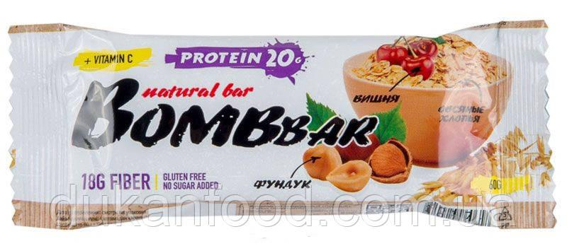 BomBBar протеиновый батончик Овсяный с вишней и фундуком
