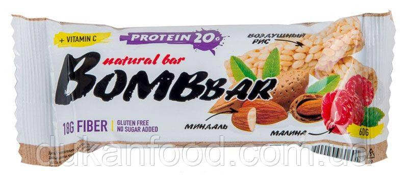 BomBBar протеиновый батончик Рисовый с малиной и миндалём