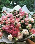 Зачем дарить цветы любимым?