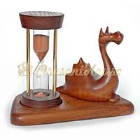 Песочные часы на подставке со скульптурой дракон