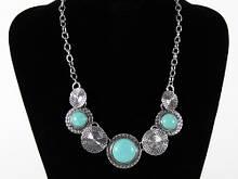 Ожерелье из круглых кулонов с фирюзой
