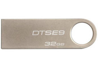 Флеш-память Kingston DataTraveler SE9 Silver 32GB чт.10зап.5 Мбайтсек