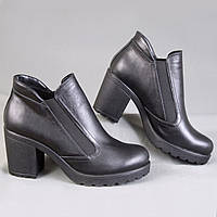 Ботинки женские на каблуке с двумя резинками Pella 250