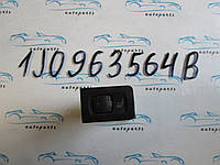 Кнопка обігріву сидінь Golf 4, Гольф 4 1J0963564B